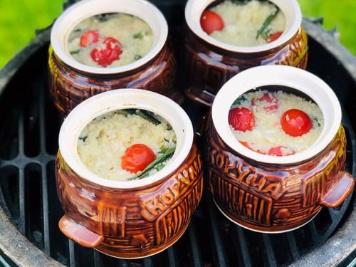 Кус-кус в горшочках с брынзой и овощами