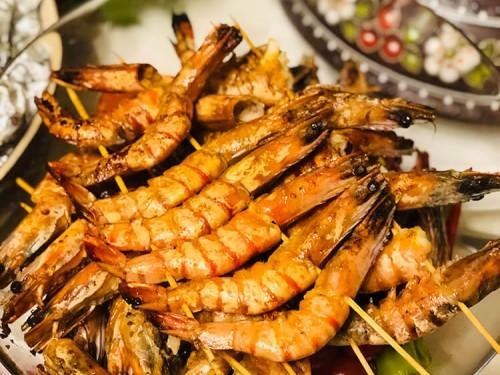 Креветки на мангалі